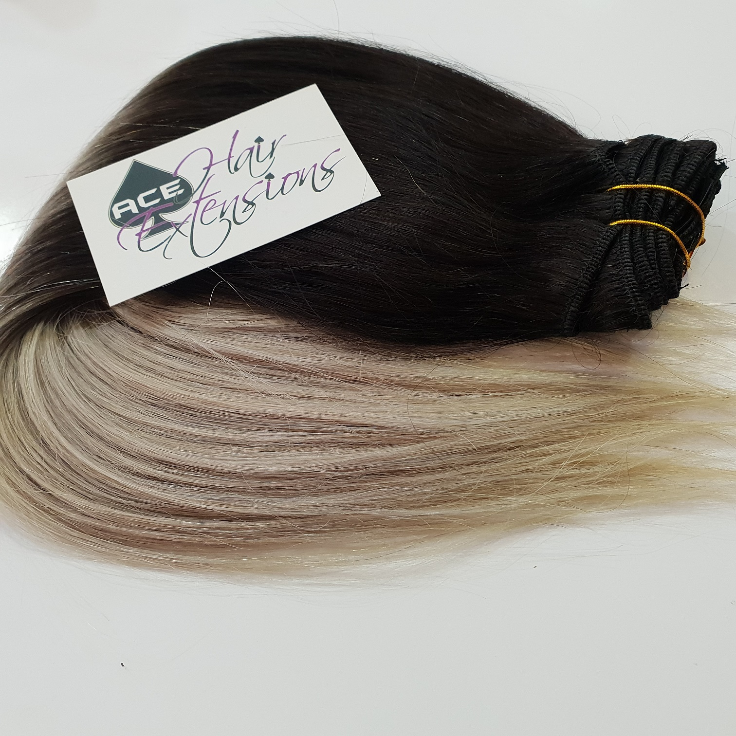Clip in 17″ Ombre #1B Off Black to Light Grey 100 grams. Delivered Free Tomorrow if ordered by 2pm Mon-Thurs Auspost Express Zone